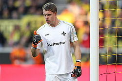 27.09.2015, Signal Iduna Park, Dortmund, GER, 1. FBL, Borussia Dortmund vs SV Darmstadt 98, 7. Runde, im Bild Torwart Christian Mathenia (SV Darmstadt 98 #31) // during the German Bundesliga 7th round match between Borussia Dortmund and SV Darmstadt 98 at the Signal Iduna Park in Dortmund, Germany on 2015/09/27. EXPA Pictures © 2015, PhotoCredit: EXPA/ Eibner-Pressefoto/ Schueler<br /> <br /> *****ATTENTION - OUT of GER*****