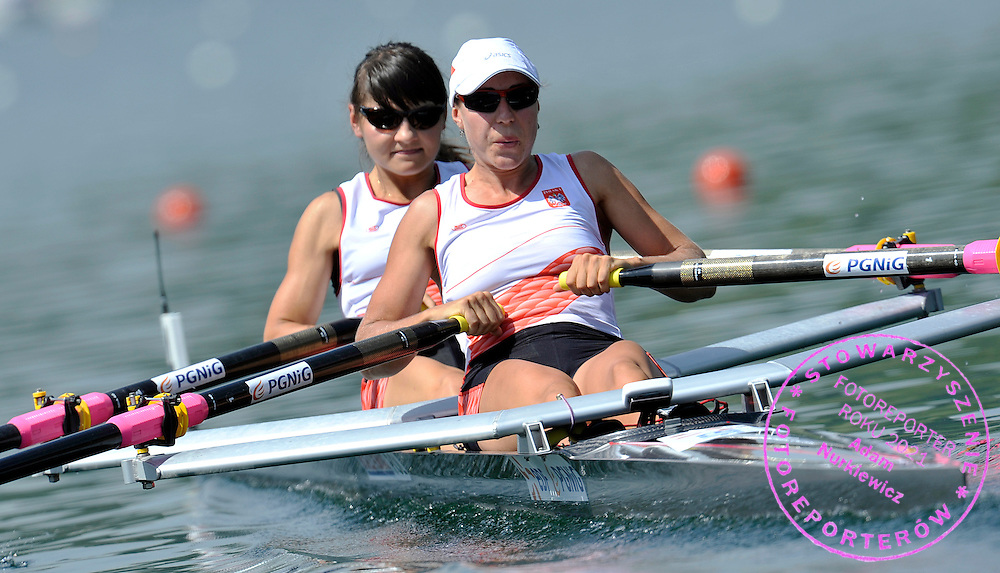 (STROKE) AGNIESZKA RENC & (BOW) MAGDALENA KEMNITZ (BOTH POLAND) COMPETE IN THE WOMEN'S LIGHTWEIGHT DOUBLE SCULLS DURING REGATTA ROWING WORLD CUP ON ROTSEE LAKE IN LUCERN, SWITZERLAND...SWITZERLAND , LUCERN , JULY 09, 2010..( PHOTO BY ADAM NURKIEWICZ / MEDIASPORT )..PICTURE ALSO AVAIBLE IN RAW OR TIFF FORMAT ON SPECIAL REQUEST.