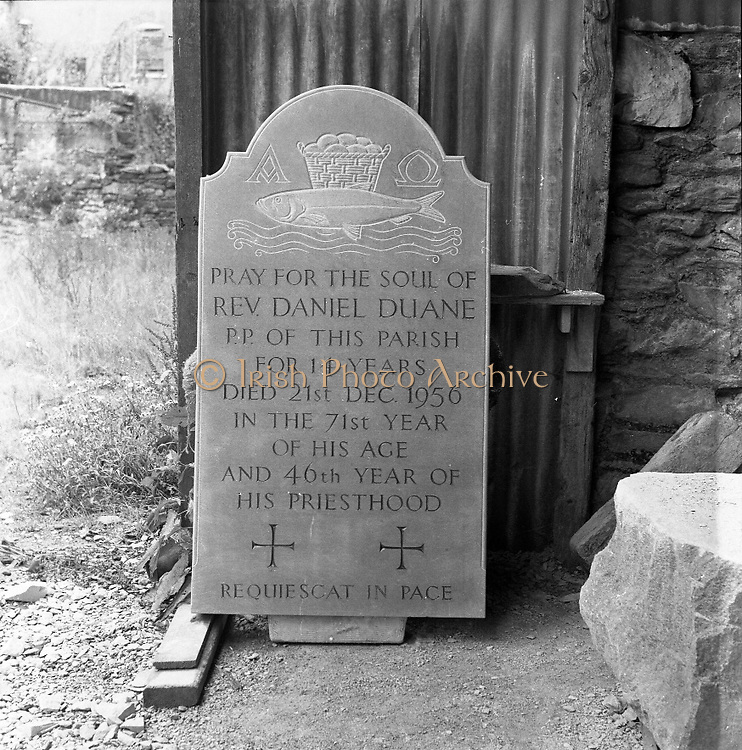 Mr Seamus Murphy, Cork - Sculptor .17/07/1958