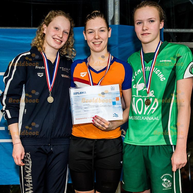 Zwemmen Amsterdam NJJK korte baan 2015 : (L-R) Frouke Beeksma, Marieke Tienstra, Manon Manning