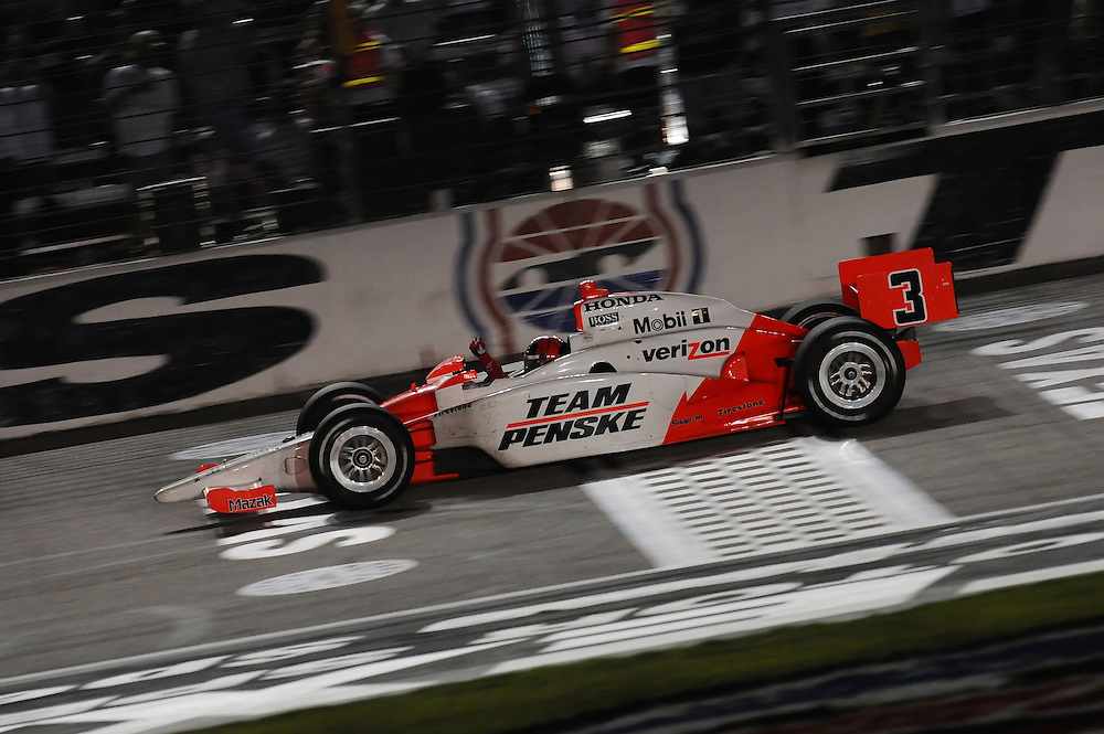Helio Castroneves wins at Dallas, Indy Car Series