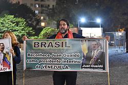 "April 30, 2019 - SãO Paulo, Brazil - SÃO PAULO, SP - 30.04.2019: ATO EM APOIO A JUAN GUAIDÃ"" - Act in support of Juan Guaidó, organized by Venezuelans living in Brazil, on the night of this Tuesday, (30) at Av. Paulista, in São Paulo. (Credit Image: © Roberto Casimiro/Fotoarena via ZUMA Press)"