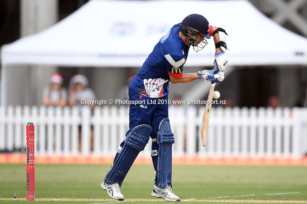 Auckland Aces' skipper Rob Nicol in action during the McDonald's Super Smash, Auckland Aces vs Wellington Firebirds, Eden Park No.2, Auckland, Saturday 24th December 2016. Copyright Photo: Raghavan Venugopal / www.photosport.nz