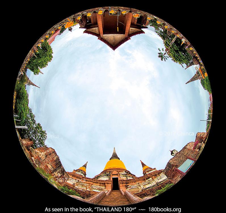Fisheye view of Wat Yai Chaimongkol and Chedi