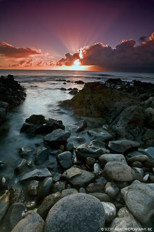Sunset with sunbeams, god light, from Kihei, Maui, Hawaii