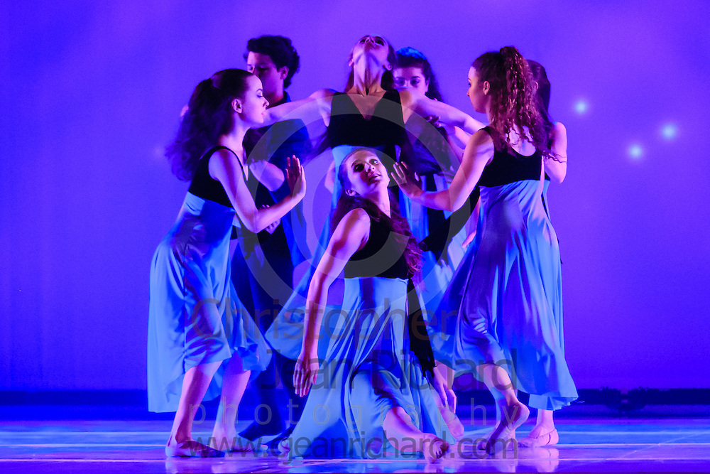ART: 2015 | Colours of Passion: We've Got The Power | Saturday Afternoon Performance --  Week 2<br /> <br /> Landscape With Figure<br /> choreography: Luciano Di Natale<br /> 16-19 Jahre<br /> Modern Contemporary<br /> <br /> Students and Instructors of Atelier Rainbow Tanzkunst (http://www.art-kunst.ch/) perform on the stage of the Schinzenhof in June, 2015.<br /> <br /> Schinzenhof, Alte Landstrasse 24 8810 Horgen Switzerland