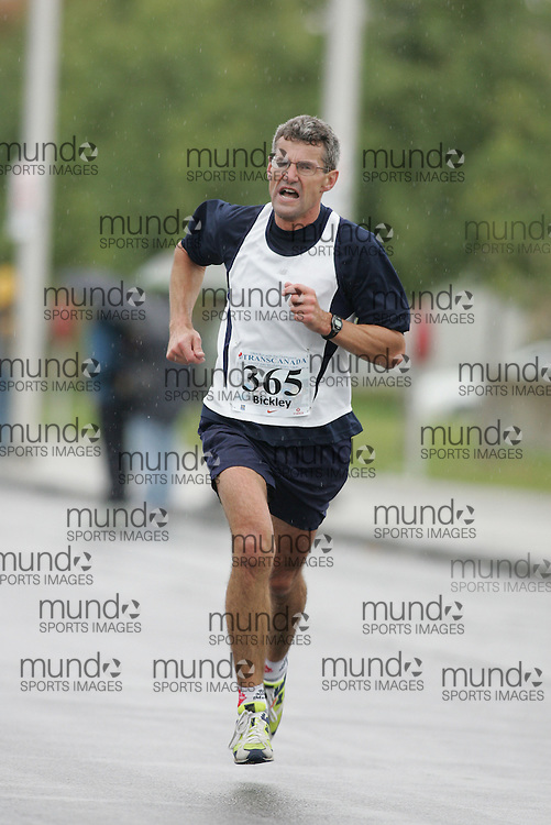 (13/10/2007--Ottawa) TransCanada 10K Canadian Championship run by Athletics Canada. The athlete in action is ED BICKLEY
