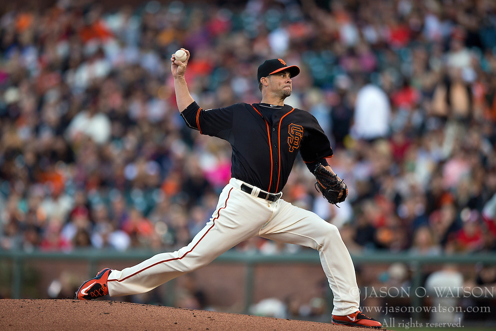 SAN FRANCISCO, CA - JULY 11:  Ryan Vogelsong #32 of the San Francisco Giants pitches against the Philadelphia Phillies during the first inning at AT&T Park on July 11, 2015 in San Francisco, California.  The San Francisco Giants defeated the Philadelphia Phillies 8-5. (Photo by Jason O. Watson/Getty Images) *** Local Caption *** Ryan Vogelsong