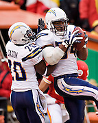KANSAS CITY, MO - DECEMBER 14:   Stephen Cooper #54 of the San Diego Chargers intercepts a pass against the Kansas City Chiefs on December 14, 2008 in Kansas City, Missouri.  The Chargers defeated the Chiefs 22-21.  (Photo by Wesley Hitt/Getty Images) *** Local Caption *** Stephen Cooper