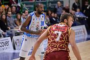 DESCRIZIONE : Campionato 2015/16 Serie A Beko Dinamo Banco di Sardegna Sassari - Umana Reyer Venezia<br /> GIOCATORE : Christian Eyenga<br /> CATEGORIA : Passaggio<br /> SQUADRA : Dinamo Banco di Sardegna Sassari<br /> EVENTO : LegaBasket Serie A Beko 2015/2016<br /> GARA : Dinamo Banco di Sardegna Sassari - Umana Reyer Venezia<br /> DATA : 01/11/2015<br /> SPORT : Pallacanestro <br /> AUTORE : Agenzia Ciamillo-Castoria/L.Canu
