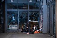 Karoviertel -<br /> Sie verbindet die Marktstraße mit der Sternstraße und ist beliebter Treffpunkt: die Schlachthofpassage. Ab kommenden Freitag soll die Passage, in der tagsüber Geschäfte geöffnet haben, nachts dicht gemacht werden. Gerade zu später Stunde kommt es hier offenbar häufig zu Randale und Schlägereien.
