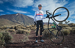 F.A.O Lisa McCLean Daily Telegraph picture desk. ©Ben Cawthra. 19/05/2012. Tenerife, Spain. Three time Olympic gold medalist, cyclist Bradley Wiggins posed in front of Teide mountain in Tenerife spain where he is training on the roads surrounding the volcanic island. Photo credit: Ben Cawthra