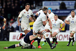 Geoff Parling of England takes on the Scotland defence - Photo mandatory by-line: Patrick Khachfe/JMP - Mobile: 07966 386802 14/03/2015 - SPORT - RUGBY UNION - London - Twickenham Stadium - England v Scotland - Six Nations Championship