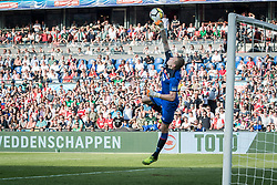 goalkeeper Marco Bizot of AZ during the Dutch Toto KNVB Cup Final match between AZ Alkmaar and Feyenoord on April 22, 2018 at the Kuip stadium in Rotterdam, The Netherlands.