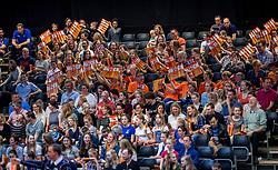 02-04-2017 NED:  CEV U18 Europees Kampioenschap vrouwen dag 2, Arnhem<br /> Nederland - Rusland 3-0 / Support publiek Nederland Oranje