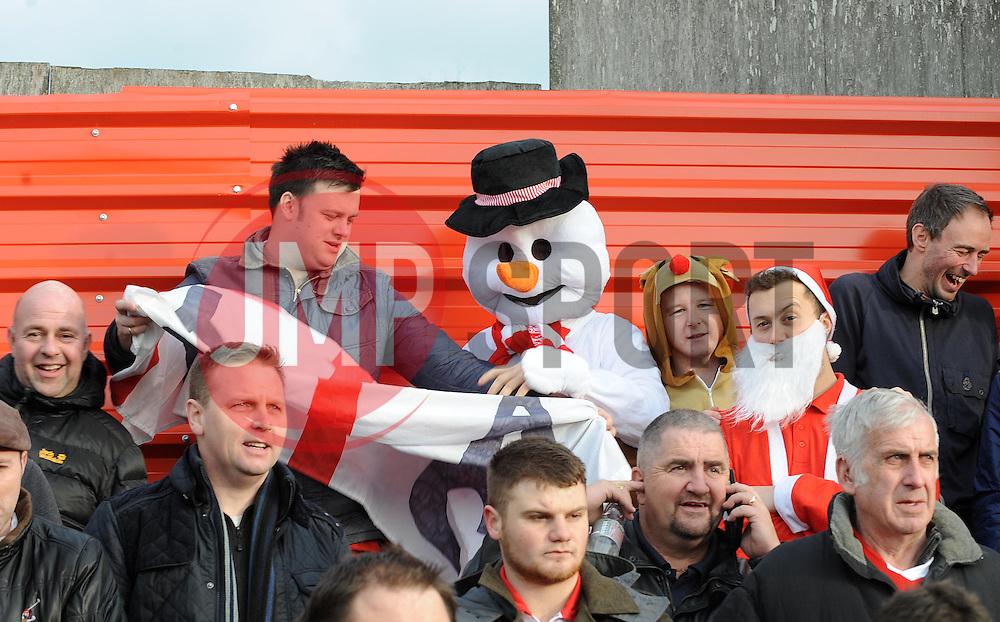 Bristol City fans - Photo mandatory by-line: Dougie Allward/JMP - Tel: Mobile: 07966 386802 08/12/2013 - SPORT - Football - Tamworth - The Lamb Ground - Tamworth v Bristol City - FA Cup - Second Round
