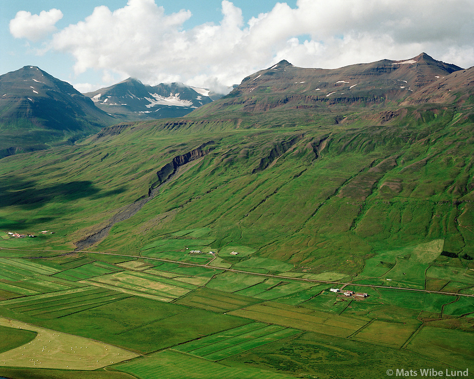 Jarðbrú, Jarðbrúargerði, Brekkukot og Brekka, Svarfaðardalshreppur / Jardbru, Jardbruargerdi, Brekkukot and Brekka, Svarfadardalshreppur.