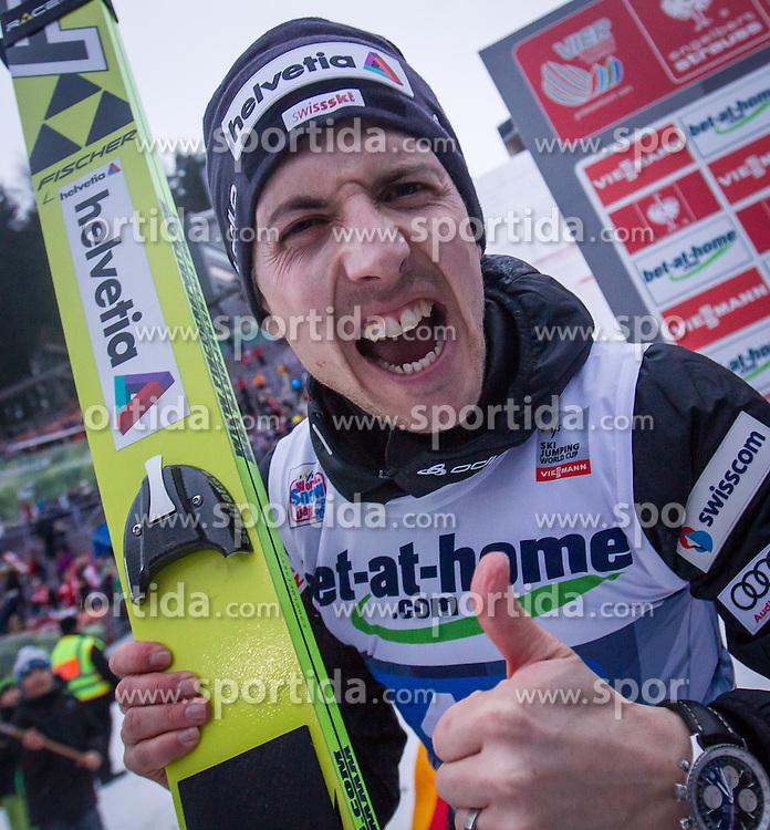 04.01.2014, Bergisel Schanze, Innsbruck, AUT, FIS Ski Sprung Weltcup, 62. Vierschanzentournee, Bewerb, im Bild Podium: zweitplatzierter Simon Ammann (SUI) schreit in die Kamera // Podium: second placed Simon Ammann (SUI) celebrates after Competition of 62nd Four Hills Tournament of FIS Ski Jumping World Cup at the Bergisel Schanze, Innsbruck, Austria on 2014/01/04. EXPA Pictures © 2014, PhotoCredit: EXPA/ JFK