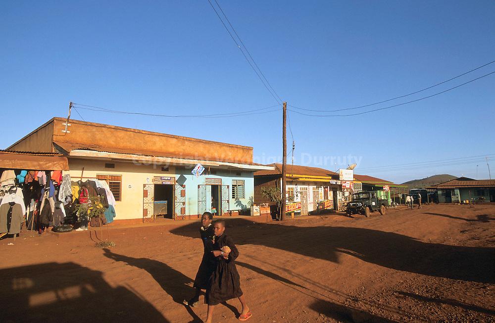 VILLAGE DE KARATU, TANZANIE