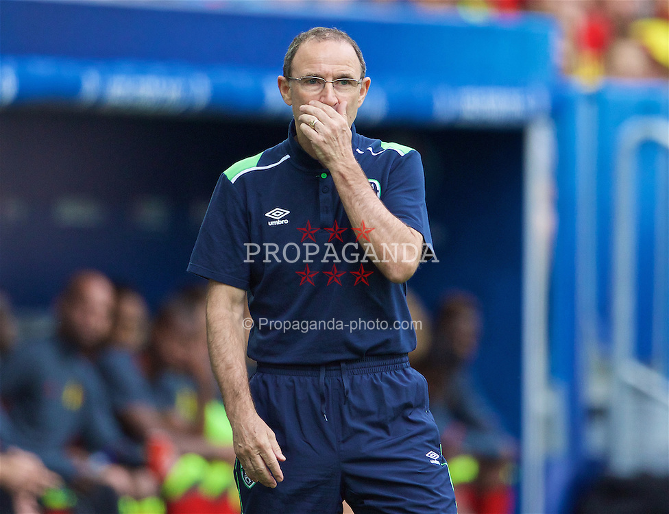 BORDEAUX, FRANCE- Saturday, June 18, 2016: Republic of Ireland manager Martin O'Neill during the UEFA Euro 2016 Championship Group E match against Belgium at Stade de Bordeaux. (Pic by Paul Greenwood/Propaganda)