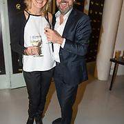 NLD/Hilversum/20180125 - Gouden RadioRing Gala 2017, Henkjan Smits en partner Petra Morselt
