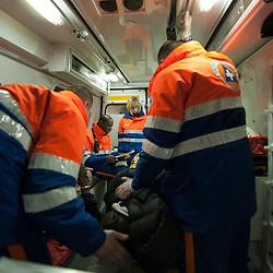 Activité des bénévoles de la Protection Civile à l'occasion des festivités du Nouvel-An à Paris.