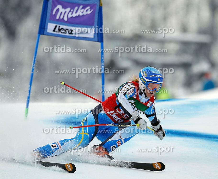 28.12.2013, Hochstein, Lienz, AUT, FIS Weltcup Ski Alpin, Damen, Riesenslalom 1. Durchgang, im Bild Jessica Lindell-Vikarby (SWE) // Jessica Lindell-Vikarby of (SWE) during ladies Giant Slalom 1st run of FIS Ski Alpine Worldcup at Hochstein in Lienz, Austria on 2013/12/28. EXPA Pictures © 2013, PhotoCredit: EXPA/ Oskar Höher