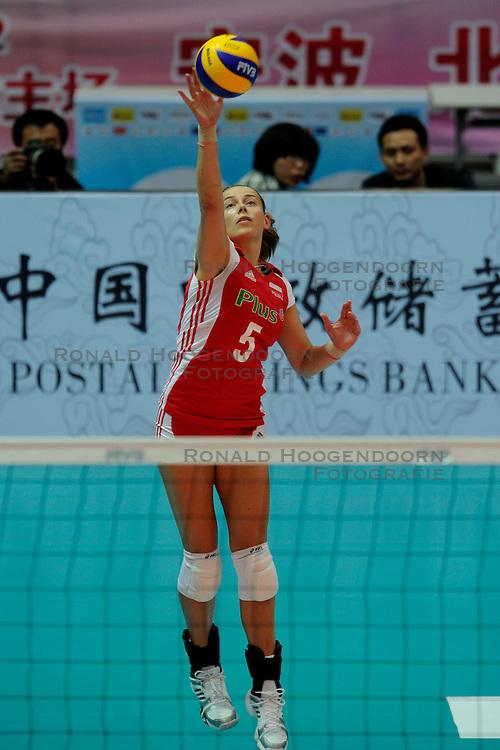 26-08-2010 VOLLEYBAL: WGP FINAL POLAND - BRAZIL: BEILUN NINGBO<br /> Brazil beat Poland 3-1 / Katarzyna Skorupa<br /> &copy;2010-WWW.FOTOHOOGENDOORN.NL