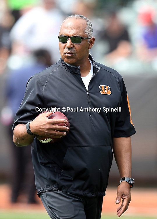 Cincinnati Bengals head coach Marvin Lewis looks during pregame warmups before the 2015 NFL week 1 regular season football game against the Oakland Raiders on Sunday, Sept. 13, 2015 in Oakland, Calif. The Bengals won the game 33-13. (©Paul Anthony Spinelli)