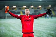 G&Ouml;TEBORG - 2018-02-18: Peter Abrahamsson, m&aring;lvakt i BK H&auml;cken jublar mot fansen efter seger i matchen i Svenska Cupen, grupp 4, mellan BK H&auml;cken och IFK V&auml;rnamo den 18 februari 2018 p&aring; Bravida Arena i G&ouml;teborg, Sverige.<br /> Foto: Anders Ylander/Ombrello<br /> ***BETALBILD***