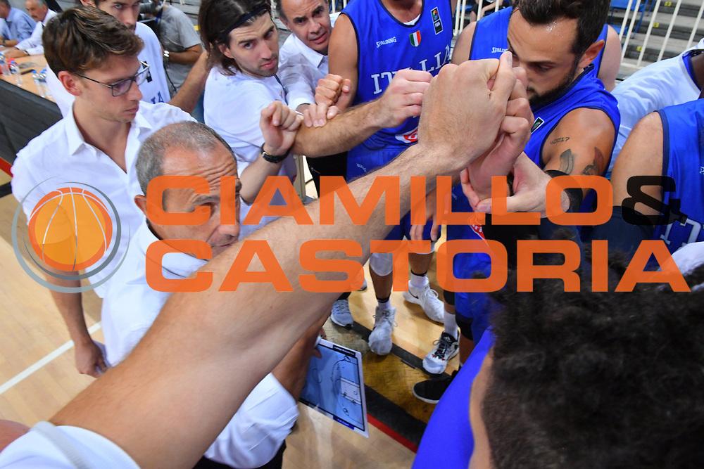 ATENE 23 AGOSTO 2017<br /> AMICHEVOLE INTERNAZIONALE<br /> ITALIA - SERBIA<br /> NELLA FOTO ETTORE MESSINA TIME OUT<br /> FOTO CIAMILLO