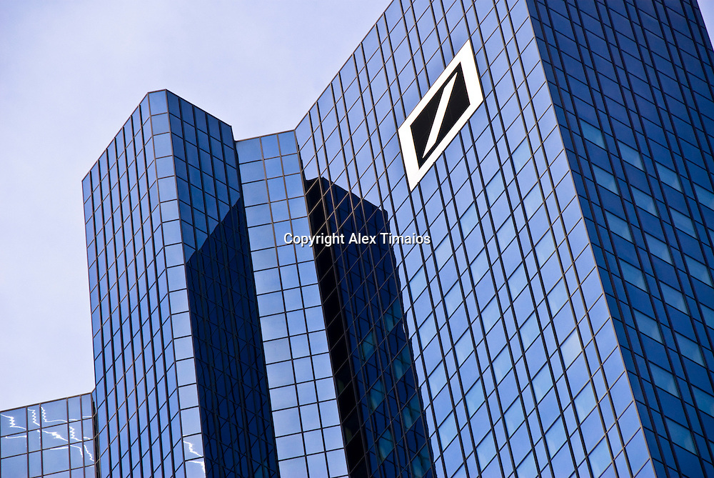 Deutsche Bank Building, Detail