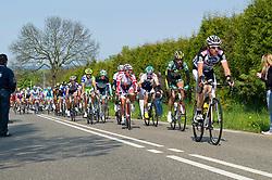 17-04-2011 WIELRENNEN: AMSTEL GOLD RACE: VALKENBURG<br /> Het peloton beklimt de Lange Raarberg in Raar, voorop Arnoud van Groen<br /> ©2011-WWW.FOTOHOOGENDOORN.NL / Peter Schalk