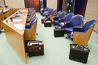 Nederland. Den Haag, 18 september 2008.<br /> Algemene beschouwingen in de tweede kamer.<br /> Een leeg vak K tijdens een schorsing. Vak Kabinet.<br /> Foto Martijn Beekman<br /> NIET VOOR PUBLIKATIE IN LANDELIJKE DAGBLADEN.