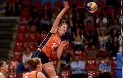 23-09-2014 ITA: World Championship Nederland - Kazachstan, Verona<br /> Nederland wint de opening wedstrijd met 3-0 / Anne Buijs