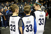 Memphis Grizzlies fans wait for center Marc Gasol in Memphis, Tennessee © Karen Pulfer Focht-ALL RIGHTS RESERVED-NOT FOR USE WITHOUT WRITTEN PERMISSION