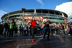 A freestyle footballer entertains the crowd outside the Emirates Stadium ahead of Arsenal v Atletico Madrid - Mandatory by-line: Robbie Stephenson/JMP - 26/04/2018 - FOOTBALL - Emirates Stadium - London, England - Arsenal v Atletico Madrid - UEFA Europa League Semi Final 1st Leg