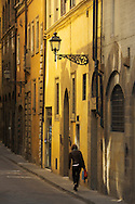 Europe, Italy, Tuscany, Toscana, Firence, Florence, narrow street in city center
