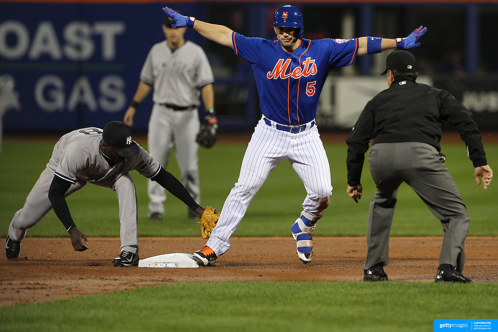 David Wright, New York Mets, makes it safe to second base on a double during the New York Mets Vs New York Yankees MLB regular season baseball game at Citi Field, Queens, New York. USA. 20th September 2015. Photo Tim Clayton