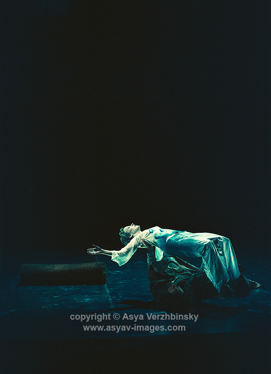 "Cathy Marston's ""Before the tempest...after the storm"" for the Linbury at the Royal Opera House"