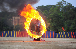 May 30, 2017 - Allahabad, Uttar Pradesh, India - Allahabad: A soldier of Indian Army jump bike through a fire circle as daredevil wing of Indian Army performing  their skill during ''Purva UP & MP Sub area Sainya Samaroh-2017'', at Polo Ground in Allahabad on 30-05-2017. Photo by prabhat kumar verma (Credit Image: © Prabhat Kumar Verma via ZUMA Wire)