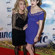 NLD/Den Bosch/20141123- Premiere Musical The Sound of Music, Patricia Paay en dochter Christina Curry