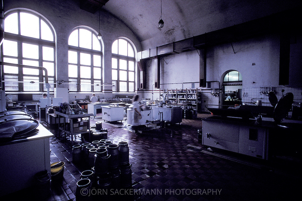 Ddr 215 Jpg Jorn Sackermann Photography