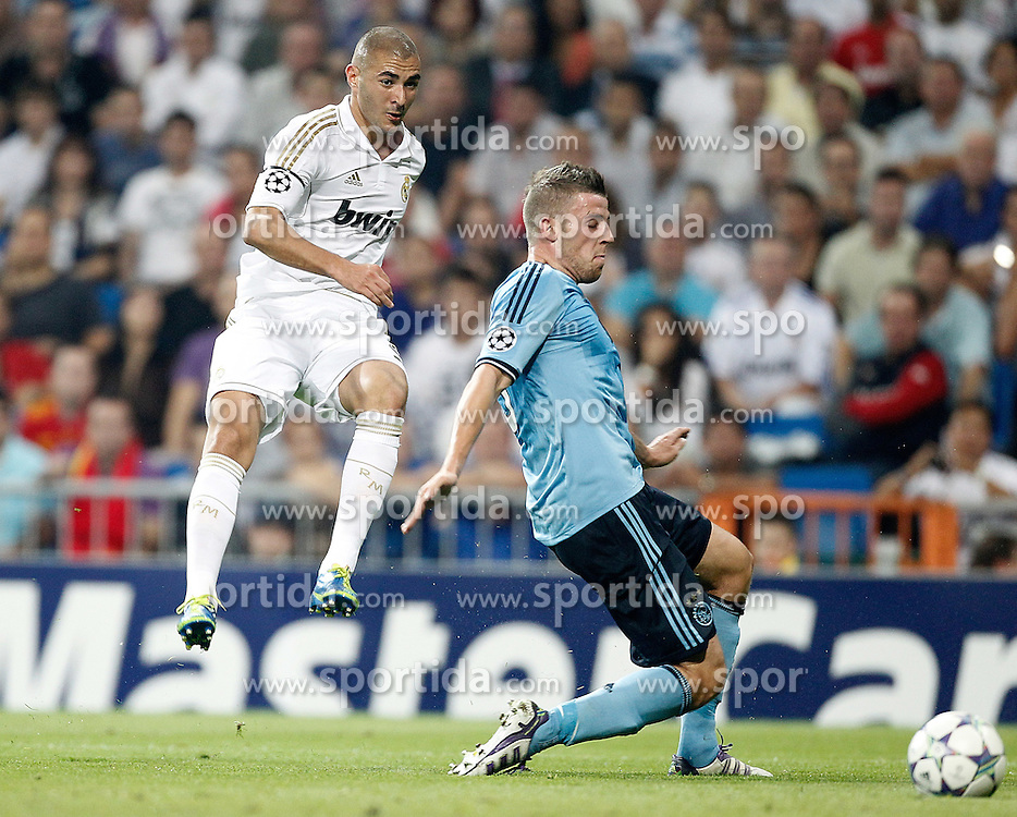 27.09.2011, Bernabeu-Stadion, Madrid, ESP, UEFA CL, Gruppe D, Real Madrid (ESP) vs Ajax Amsterdam (NED), im Bild Real Madrid's Karim Benzema against AFC Ajax Amsterdam's Derk Boerrigter // during the UEFA Champions League game, group D, Real Madrid (ESP) vs Ajax Amsterdam (NED) at Bernabeu-Stadion in Madrid, Spain on 2011/09/27. EXPA Pictures © 2011, PhotoCredit: EXPA/ Alterphoto/ Alvaro Hernandez +++++ ATTENTION - OUT OF SPAIN/(ESP) +++++