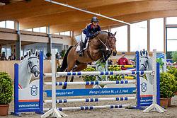 For Ever Fun unter Charlotte Hahn<br /> Klein Offenseth - Hengstschau Stall Hell 2020<br /> © www.sportfotos-lafrentz.de/Stefan Lafrentz