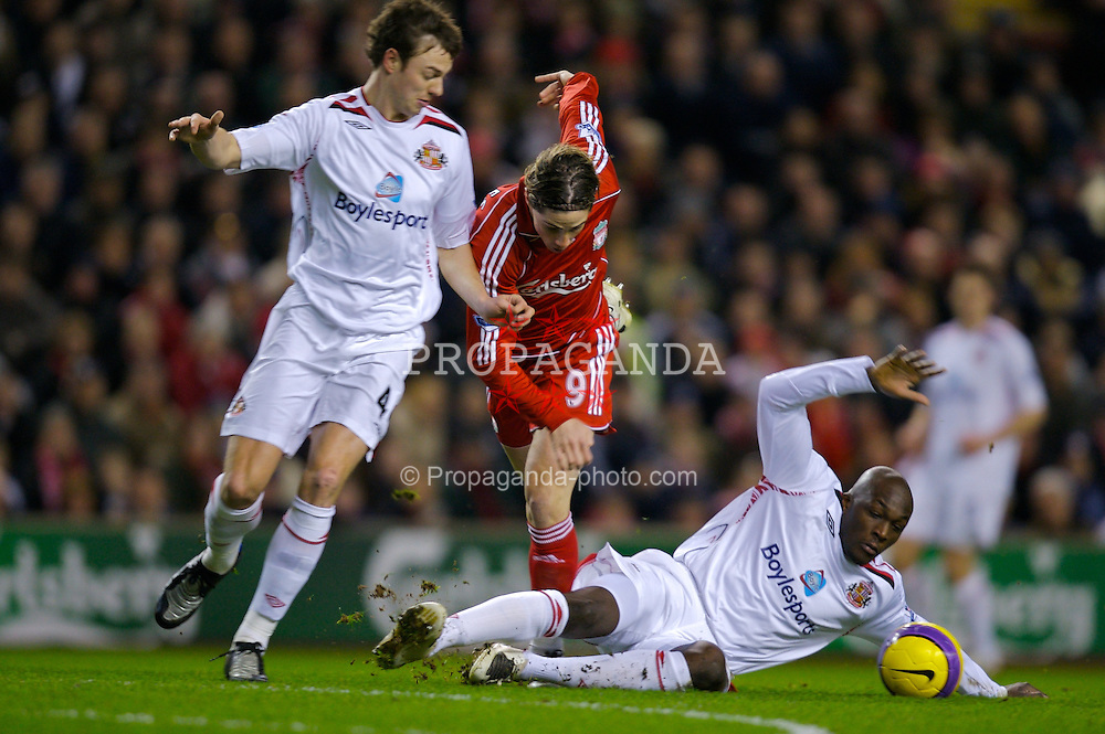 LIVERPOOL, ENGLAND - Saturday, February 2, 2008: Liverpool's Fernando Torres and Sunderland's Nyron Nosworthy during the Premiership match at Anfield. (Photo by David Rawcliffe/Propaganda)