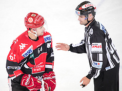 16.09.2016, Tiroler Wasserkraft Arena, Innsbruck, AUT, EBEL, HC TWK Innsbruck Die Haie vs HCB Suedtirol Alperia, 1. Runde, im Bild v.l. Ondrej Sedivy (HCI), Linesman // f.l. Ondrej Sedivy (HCI) Linesman during the Erste Bank Icehockey League 1st Round match between HC TWK Innsbruck Die Haie and HCB Suedtirol Alperia at the Tiroler Wasserkraft Arena in Innsbruck, Austria on 2016/09/16. EXPA Pictures © 2016, PhotoCredit: EXPA/ Johann Groder