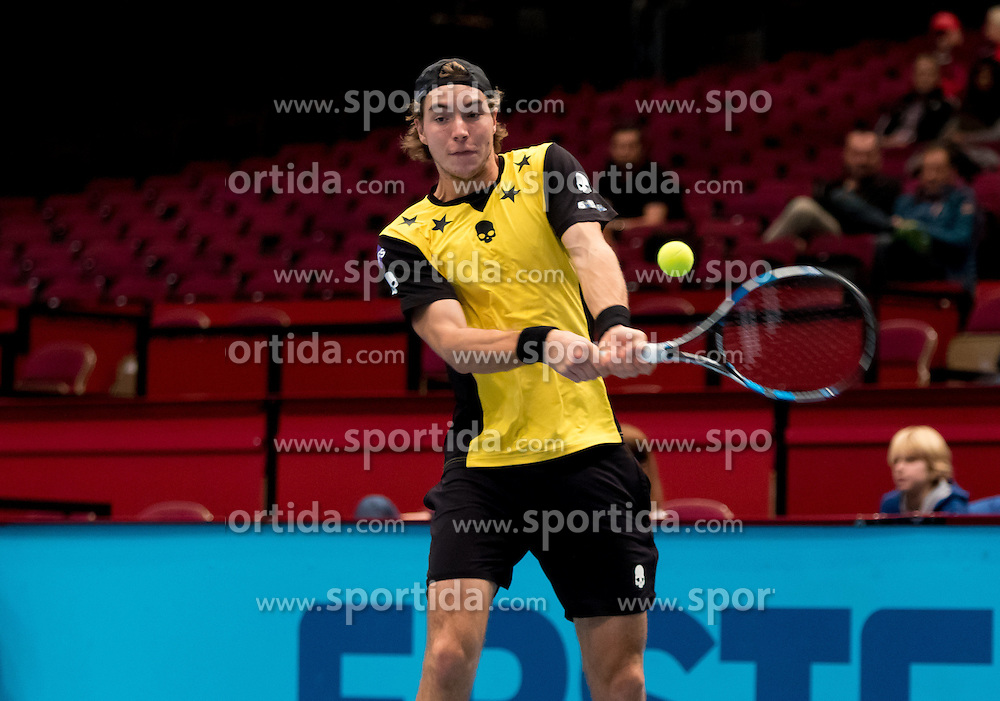 24.10.2016, Stadthalle, Wien, AUT, ATP Tour, Erste Bank Open, 1. Runde, im Bild Jan-Lennard Struff (GER) // Jan-Lennard Struff of Germany during the 1st round match of Erste Bank Open of ATP Tour at the Stadthalle in Vienna, Austria on 2016/10/24. EXPA Pictures © 2016, PhotoCredit: EXPA/ Sebastian Pucher