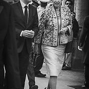 Her ankommer Hendes Kongelige Højhed Prinsesse Benedikte.