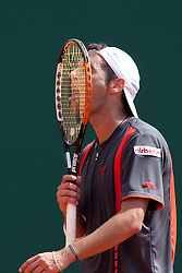 15.04.2010, Country Club, Monte Carlo, MCO, ATP, Monte Carlo Masters, im Bild Albert Montanes (ESP) licks his racquet after winning a point, EXPA Pictures © 2010, PhotoCredit: EXPA/ M. Gunn / SPORTIDA PHOTO AGENCY